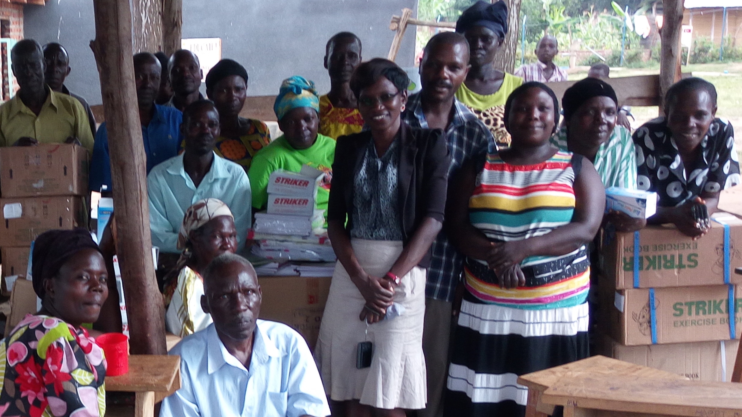 uganda-iki-iki-aids-initiative-gathers-to-distribute-school-supplies_cropped